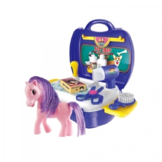 Pretty-Pony-Salon-Suitcase