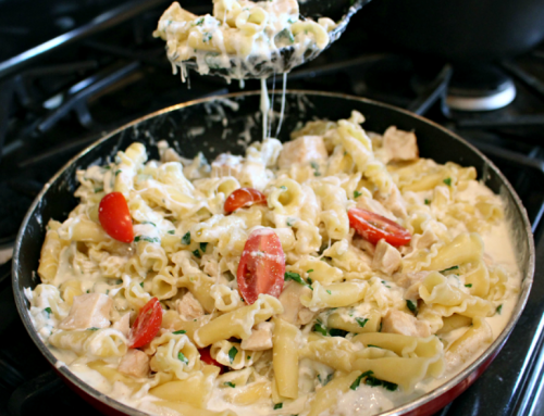 Cheesy Chicken Spinach Pasta